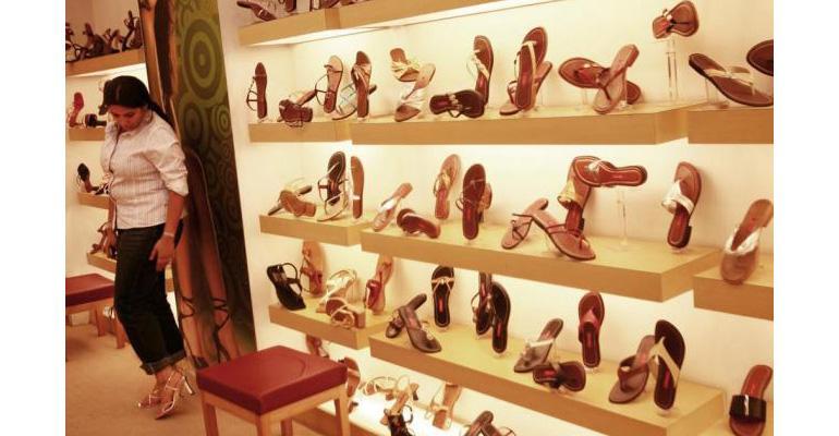 retail your footwear customers